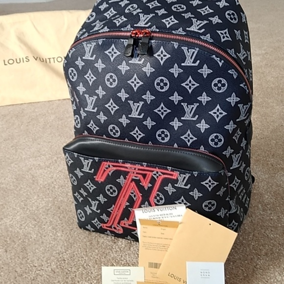 c04b95bde65 Louis Vuitton Bags   Authentic Discovery Backpack Pm   Poshmark